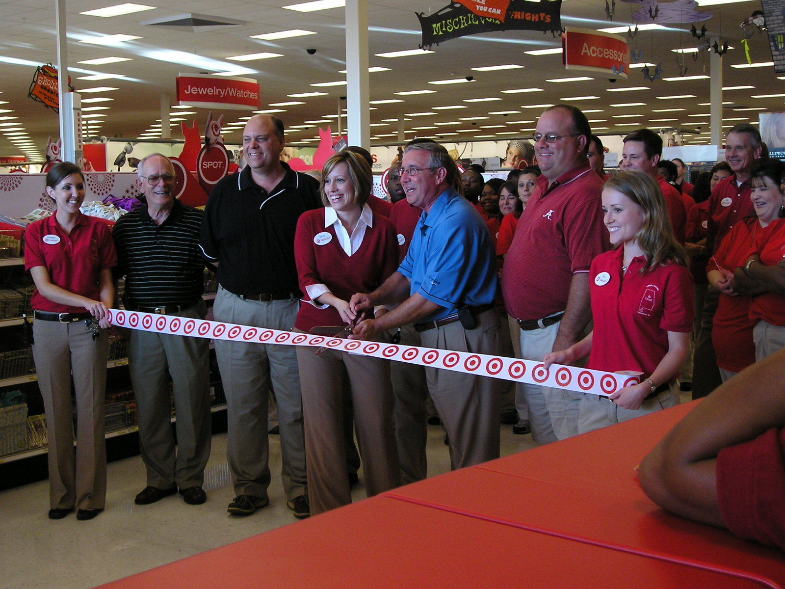 enebak household what s happening tara executive team leader for target corporation soft lines in fultondale alabama opens new store